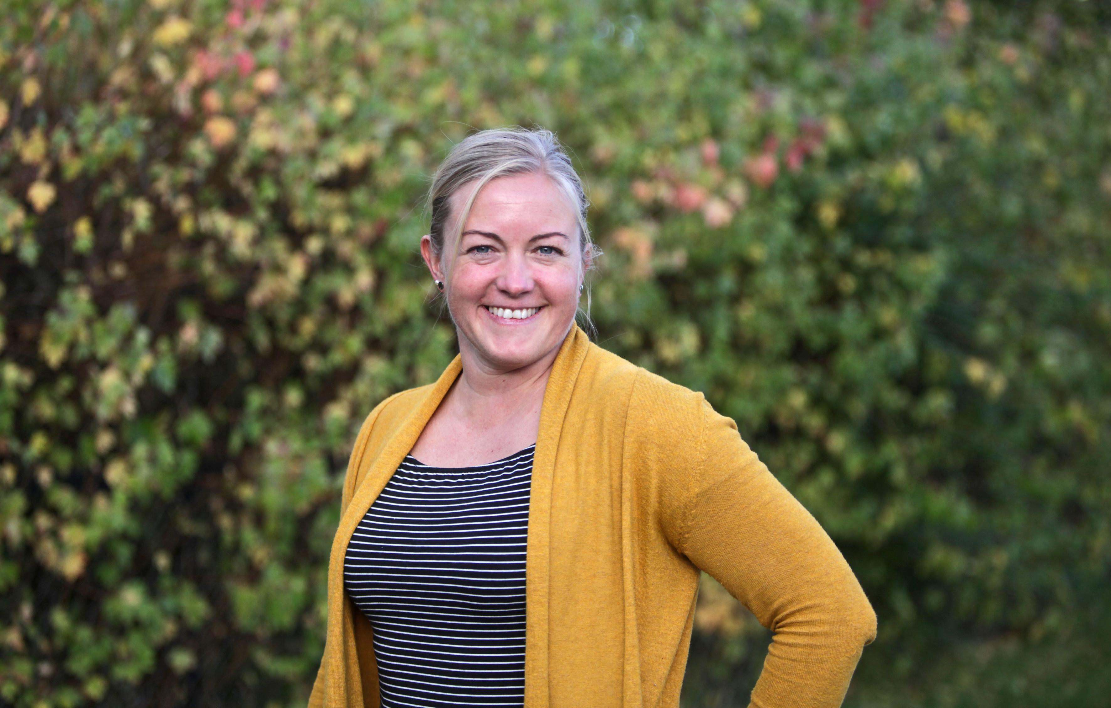 FERSK STYRELEDER: Christina Olavesen er høyt og lavt i Teaterkråkene som ny styreleder i det foreldredrevne barne- og ungdomsteateret.