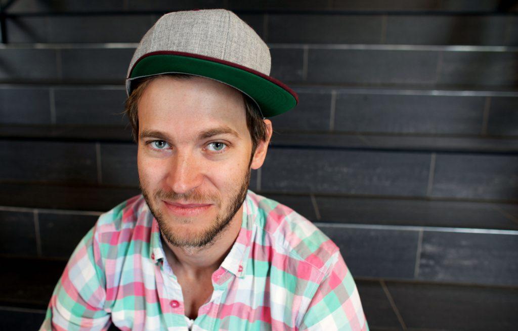 NYTT FJES: Regissør Martin T.B. Thomas er ny av året på Teaterkråke-laget. Han gleder seg til Snødronningen på Verket.